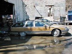 1995 BUICK ROADMASTER LIMITED (richie 59) Tags: usa cars car america outside us buick spring automobile gm unitedstates vehicles faded chrome vehicle newyorkstate oldcar oldcars automobiles woodgrain stationwagon nystate americancars hudsonvalley roadmaster fakewood americancar motorvehicles fadedpaint ulstercounty buicks motorvehicle 4door eddyville uscar uscars stationwagons midhudsonvalley 2013 fourdoor buickroadmaster ulstercountyny oldstationwagon oldbuick gmcar gmcars oldstationwagons oldbuicks beigecar 1995buick concreteblockbuilding buickstationwagon beigecars townofulster eddyvilleny richie59 april2013 1990scars 1990scar townofulsterny americanstationwagon april212013 1995buickroadmasterlimited 1995buickroadmaster