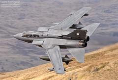 Panavia Tornado GR4 ZA609 072 Bwlch Middle Shelf (liam.killington) Tags: wales photography aviation military shelf middle tornado raf lowlevel panavia 072 gr4 bwlch machloop fastjet za609