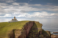 Stoer Lighthouse (Teuchter Prof) Tags: stoer stoerlighthouse lighthouse assynt sea theminch sutherland northwesthighlands scotland