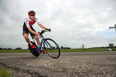 European Cycling Tour Assen 2016 (lubberdink-fotografie.nl) Tags: buiten sport wielrennen tijdrit weg afslag weide stoel renner fiets europeancyclingtour natuur horizon lucht wolken lieveren drenthe