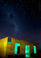 Casa abandona de la Pampa Salitrera (por poper`s) Tags: noche estrellas chile pampa salitrera luces casa iquique