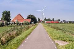 2016.08.19_11731_Nijhuizum_Arriva (rcbrug) Tags: nijhuzum windmolen windmill mill arriva spurt weg nijhuizumerweg nijhuizum nijhuzumerdijk