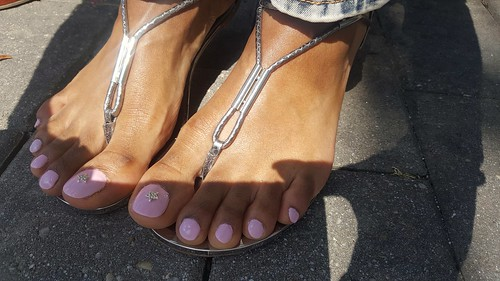 Pretty ebony feet