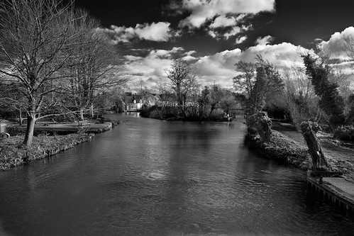 Flatford bridge b&w copy