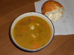 Split Pea and Ham Soup (Mr. Ducke) Tags: food lunch peasoup