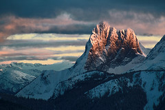 East Hozomeen Sunset (justb) Tags: park justin winter light sunset brown mountain ski mountains clouds canon hope us washington colorful tour bc state snowy north peak east cascades 7d area wa recreation cascade porcupine manning alpenglow provincial hozomeen hozameen justb