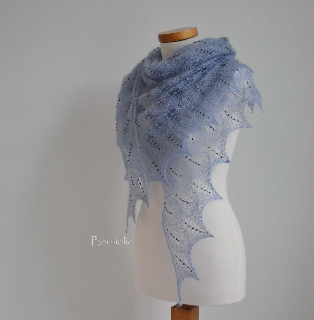 The Worlds Best Photos Of Berniolie And Shawl Flickr Hive Mind Silk Mohair Shawlette Allfreecrochetcom 843 Blue Beaded Lace Bernioliesdesigns Tags Knitting
