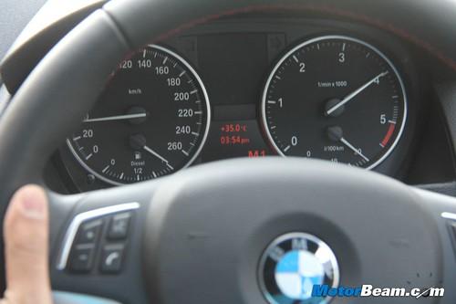 2013-BMW-X1-09