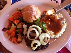 Chopped Sirloin Dinner - Rambo's Kitchen - Las Vegas, NV (tossmeanote) Tags: las vegas food kitchen vegetables dinner mashed potatoes 60s nevada plate diner gravy onions nv 70s roll chopped veggies psychedelic decor sirloin iphone rambos 2013 tossmeanote