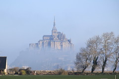 Mont-Saint-Michel (pixiprol) Tags: france saint fog french europa europe foggy unesco normandie michel normandy francia mont brouillard manche basse abbaye ilot