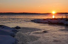 20130327_14 (Frabjous Daze) Tags: sunset sea snow ice suomi finland is helsinki sundown kallio helsingfors lumi sn meri suomenlinna itmeri sveaborg stersjn bedrock viapori sj j auringonlasku suokki balticseasuomenlahtifinska vikengulf