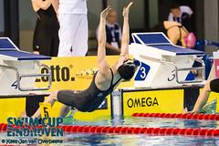 _KJO5690_20130405_104225 (KJvO) Tags: sport start series wedstrijd dames zwemmen dag2 rugslag sessie3 pietervandenhoogenbandzwemstadion maaikedewaard 50mrugslag swimcupeindhoven2013 knzbrtc wwwzwemfotonu
