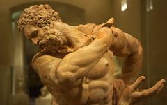 kmpfender Herkules (edgarhohl) Tags: louvre skulptur herkules
