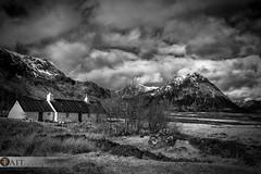 Black Rock Cottage (Tait Images) Tags: places scotland glencoe cottage hut snow mountain buachaille etive mor stobb house outdoor rest canon landscape black white langangarbh