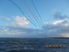 DSCN2337 (E1773) Tags: red friday 19th august 2016 arrows dawlish exmouth sea seafront windy uk devon
