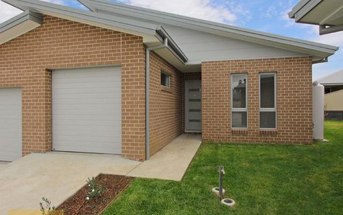 4/40 Wentworth Drive, Kelso NSW