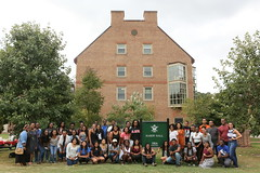 The BSO poses for a group photo (William & Mary Photos) Tags: williamsburg va usa williamandmary wm williammary collegeofwilliamandmary collegeofwilliammary hardy hall barksdale field minority students cookout picnic