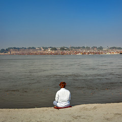 Pilgrim At Maha Kumbh Mela, Allahabad, India (Eric Lafforgue) Tags: india festival river square outdoors photography asia day bank indie copyspace indi hinduism indien pilgrimage hind indi inde hodu sangam allahabad haridwar indland  hindistan uttarpradesh indija   kumbhmela colorimage ndia hindustan 1371 indianculture     hindia  indianethnicity bhrat  indhiya bhratavarsha bhratadesha bharatadeshamu bhrrowtbaurshow  hndkastan