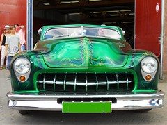 Customized - Green Low Rider (Transaxle (alias Toprope)) Tags: auto berlin classic cars beauty car vintage nikon power historic soul classics oldtimer autos 車 coches toprope oldtimershow السيارات