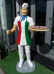 Taormina - Sicilian Pizza (Luigi Strano) Tags: italy europa europe italia sicily taormina sicilia messina sicile sizilien италия европа сицилия таормина