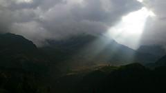 2007-08-16 8.54 Montagne, cielo, nuvole (Gianpaolo Zucchelli) Tags: sky sun mountains backlight clouds montagne landscape nuvole cielo sole paesaggio controluce