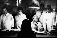 Shirin Neshat, The Last Word (2003). Video-instalación. 35 mm, 18', cortesía MUSAC, León