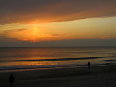 Sunrise along the Outer Banks (Sam0hsong) Tags: sunrise nc northcarolina outerbanks atlanticocean kittyhawk obx wsweekly23
