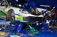 130316 15 Tank S Rally _ servicepark Emmeloord _ versnellingsbakwissel voor Subaru WRC S14 van Rene Kuipers (homestee) Tags: tank rally rene s wrc subaru van voor emmeloord s14 kuipers servicepark versnellingsbakwissel zuiderzeerally