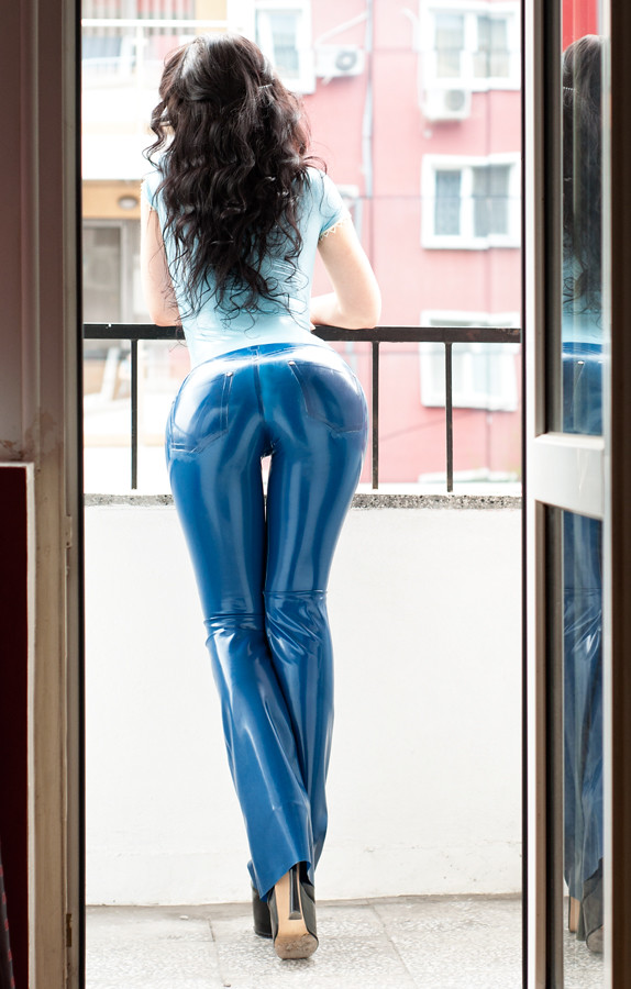 big black ass fetish latex