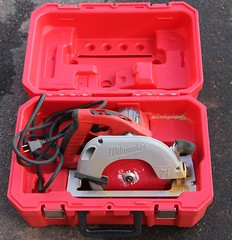 5022. Milwaukee Circular Saw