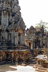 20130120 Cambodja, Ankor, Banteay Samre, Hindu,12th century DSC3626 (ellapronkraft.) Tags: temple vishnu empire hindu reliefs cambodja 12thcentury southeast banteay samre ankor asiaarchitectureruinscarvingskhmerkhmer
