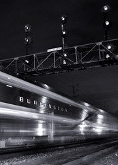 Burlington Heritage (Dan Kuchta) Tags: burlington racetrack train commuter searchlight metra bnsf downersgrove cbq signalbridge