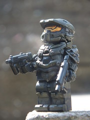 Halo 4: Master Chief (Danny.B08) Tags: 2 3 brick 1 hand lego leo painted chief awesome 4 halo master custom affliction ~giovanni~