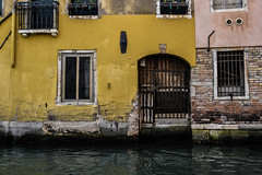 (Brucato Sara) Tags: art summer city venezia mare estate travel viaggiare allaperto outside house old sea