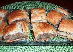 Walnuss-Marzipan-Bltterteig (kirstenreich) Tags: essen food backen marzipan walnsse bltterteig gebck