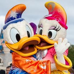 Donald Duck Disney Paris (Deirdre Gregg) Tags: paris france louvre disneyland eiffeltower disney notredame mickeymouse waltdisney