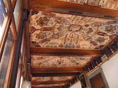 Gallery of Uffizi Museum in Florence, Italy (Laura713) Tags: italy florence gallery tuscany firenze piazzadellasignoria uffizimuseum 2011 florenta