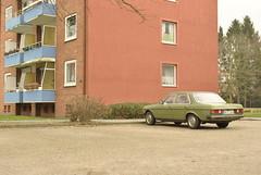 Wandsbek, Hamburg (J@ck!) Tags: car vintage mercedes automobile hamburg parked socialhousing wandsbek querkamp