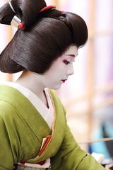 BAIKASAI FESTIVAL (Teruhide Tomori) Tags: portrait woman girl beauty festival japan lady kyoto maiko geiko geisha   kimono tradition   kitanotenmangu baikasai ef70200mmf28l     ichiteru canoneos5dmark
