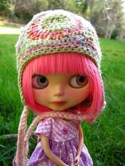 IMG_2267...Amor in megipupu granny hat