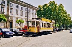 Carmo (ernstkers) Tags: portugal porto eléctrico streetcar tram tramvia tranvia trolley brill stcp 220 stcp222 strasenbahn bonde spårvagn