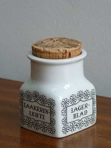 Arabia Finland - Laurel Leaf herb storage jar