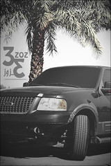 80 (    ) (3zoz_1) Tags: 2003 ford expedition lens nikon saudi arabia kit 1855 nikkor riyadh alone1 3zoz    d3100