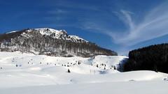 felhőjáték / cloud game (debreczeniemoke) Tags: cloud snow mountains landscape day hiking transylvania transilvania felhő mountaintop tájkép erdély hó túra hegyek hegycsúcs szekatura canonpowershotsx20is gutinhegység munţiigutâi secătura munţiigutin