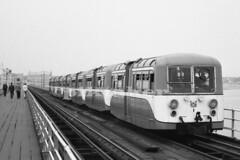 Pier Train, Southend-on-Sea. (piktaker) Tags: train essex southend narrowgauge southendonsea electrictrain southendpier accarco