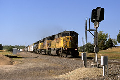UP 8080 south at Steel City, NE AUG 2012 (CentralILRailfan) Tags: city railroad up train mixed nebraska afternoon pacific sub union railway august trains super ne late elevated curve marysville rejected freight steele manifest 8080 rejections sd9043mac railpicturesnet railpictures