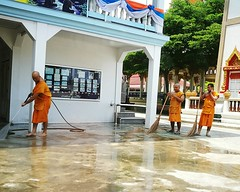 Thailand Bangchalong Temple Monks Buddhist Monks Buddhism Buddhist Temple Samut Prakan The OO Mission P9 Huawei (markusg2010) Tags: thailand temple buddhism monks buddhisttemple buddhistmonks samutprakan bangchalong theoomission p9huawei