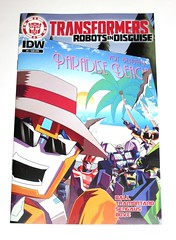 idw transformers robots in disguise 2015 issue 5 november 2015 subscriber cover comic (tjparkside) Tags: transformer transformers idw robots disguise rid autobot autobots prime issue 5 five nov november 2015 ball tramontano sengaus bove comic comics books book fixit fix it robot