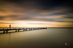 Vers la lumire (pierrelouis.boniface) Tags: light gold le canon 6d plage beach water