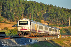 Uxes (***REGFA***) Tags: arco larga distancia tren comboio renfe 334017 9000 2200 uxes eje atlantico lav galicia